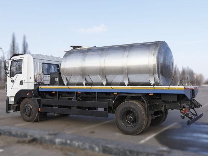 Автоцистерна для перевозки жидкостей объемом 8 куб. м.