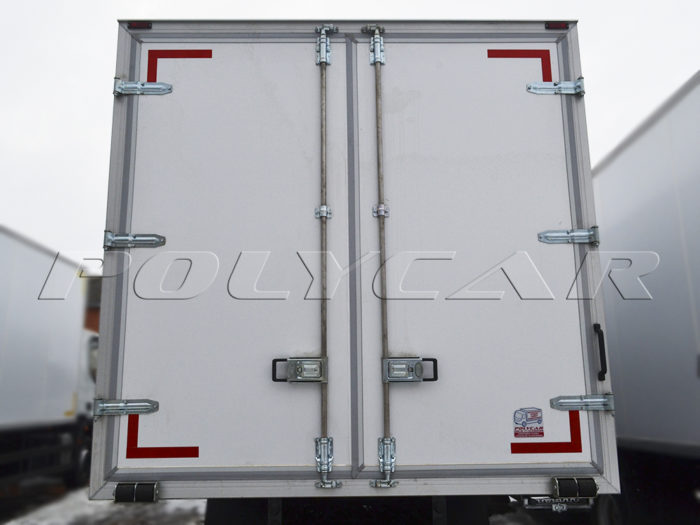 Промтоварный фургон на Iveco Eurocargo ML120e25.
