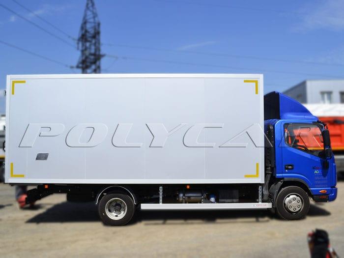 Jac N75 с промтоварным фургоном.