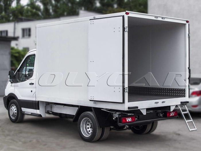 Изотермически2й фургон типа стандарт на Ford Transit.