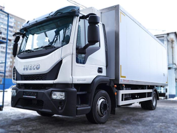 Рефрижераторный фургон Iveco MLC120 производства Polycar.