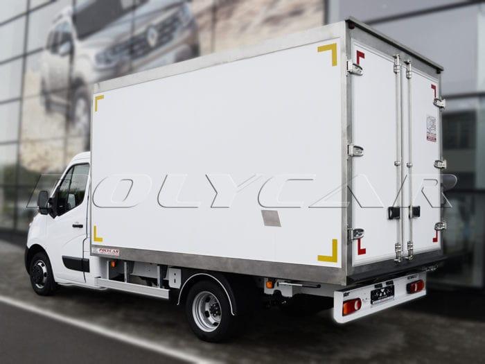 REnault Master с рефрижераторным фургоном и холодильным оборудованием ThermoKing.