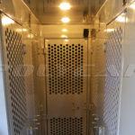 Камеры заключенных в автозаке.