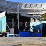 Мобильная сцена на Михайловской площади.