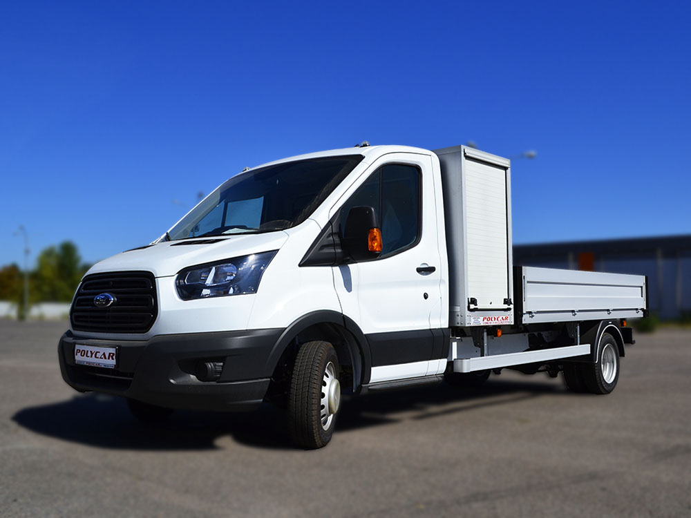 Бортовий Ford Transit з боксом для малого і середнього бізнесу.