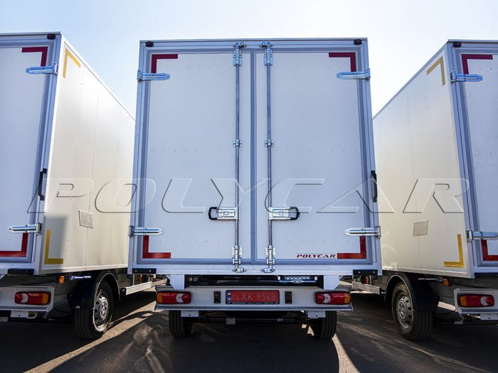 Промтоварные фургоны производства Polycar.