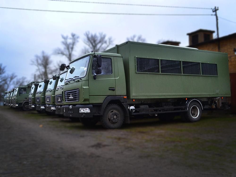 Партия вахтовок, выполненных под заказ на базе МАЗ 4371N2.
