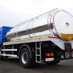 МАЗ 5340С2 с цистерной для перевозки пищевых жидкостей.