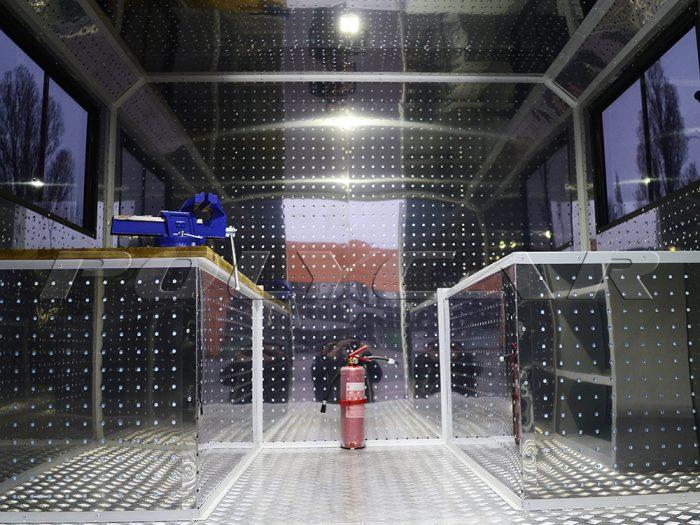 Технологический отсек мастерской МАЗ 5316F5.