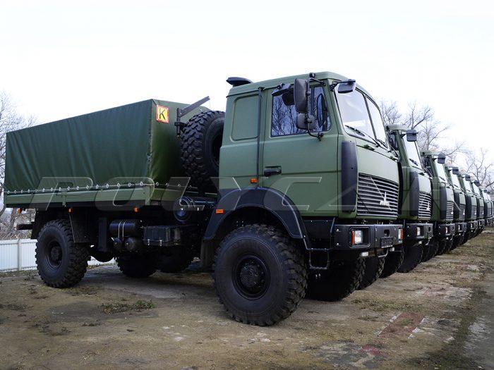 Военный МАЗ для перевозки личного состава.