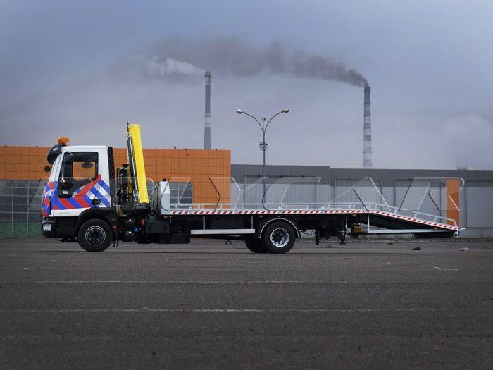Автоэвакуатор Iveco Eurocargo.