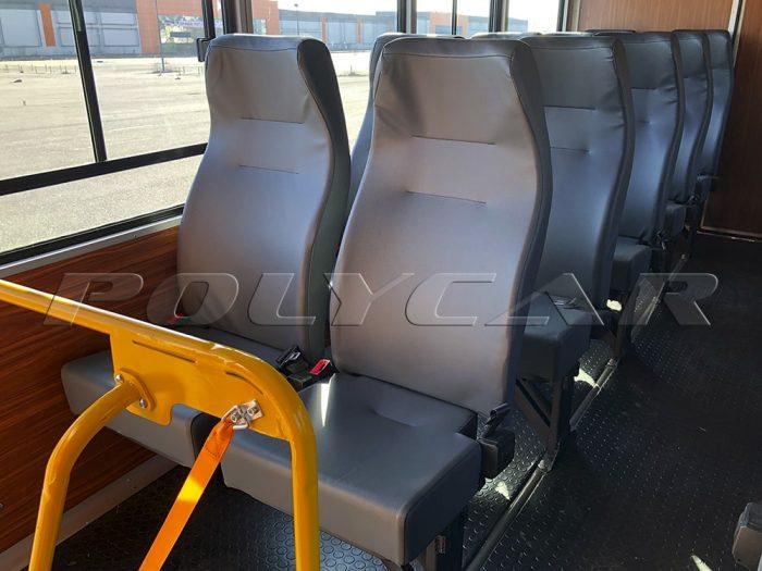 Комфортабельные сидения вахтовки производства Polycar.