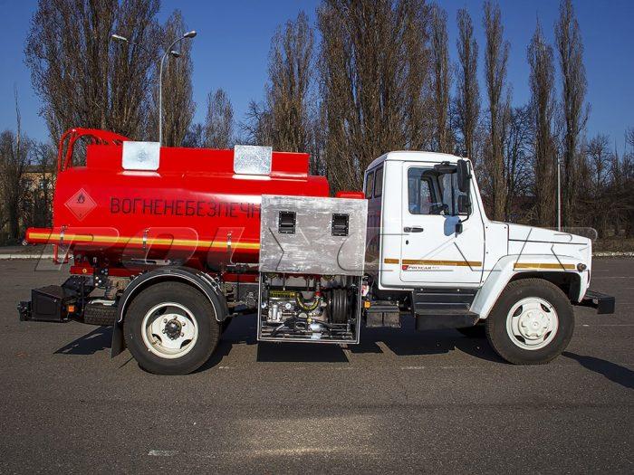 Производство топливозаправщика на базе ГАЗ 33098.