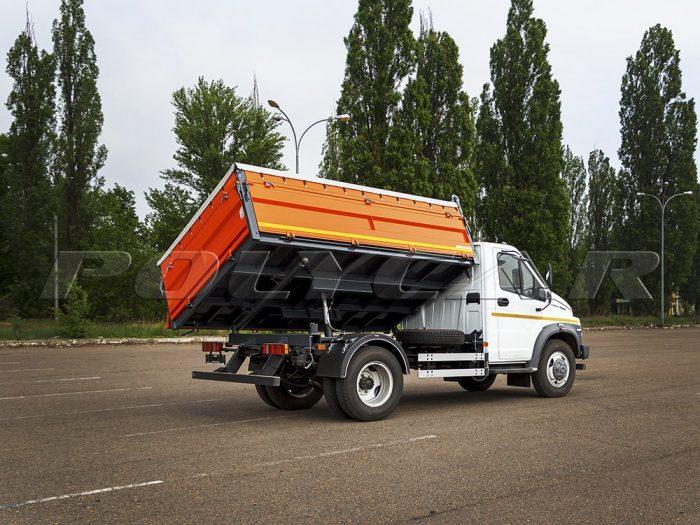 ГАЗ NEXT с самосвальной платформой.