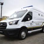 Автомобиль для перевозки заключенных на базе Ford Transit.