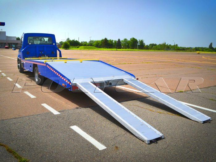 Эвакуаторная платформа на Iveco Daily 65c15.