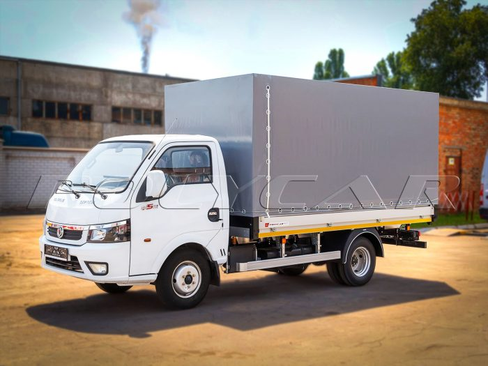 DongFeng с боортовой платформой и тенотом производствыа Polycar.