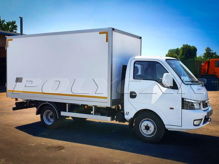 DongFeng с изотермическим фургоном Polycar.