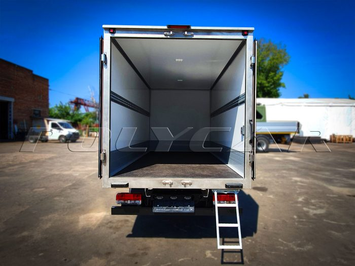 Производство изотермиченского фургона.